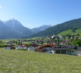 Oberdorf mit Hotel vom ggü. liegenden Berg Hotel Rustika
