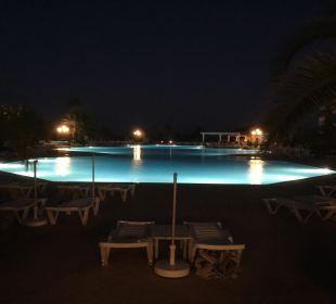 Pool Hotel Vincci Marillia