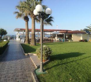 Beachbar/Taverne Vantaris Beach Hotel