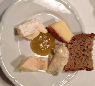 Allgäuer und Bregenzerwälder Käse selber vom Brett Hotel Allgäu Sonne