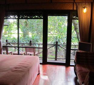Zimmer mit Blick auf den Balkon