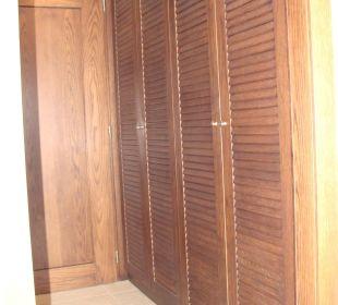 Kleiderschränke Kontokali Bay Resort & Spa