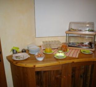 Frühstückssäfte und Wurst/Käseplatten Gasthof Schwabenhof
