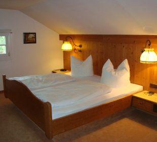 Großzügiges Elternschlafzimmer im Appartement Hotel Mühlenhof