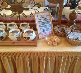 Ein Teil des Frühstücks WellVital Hotel Tyrol
