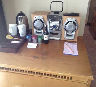 Kaffeestation im Zimmer Hotel Divan Antalya Talya