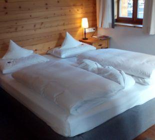 Standardzimmer Doppelbett Hotel Großarler Hof