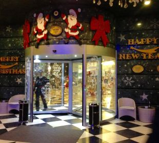 Weihnachten im Imperial/ Eingang Hotel Delphin Imperial