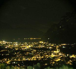 Ausblick bei Nacht Hotel Agritur Acetaia Gourmet & Relax