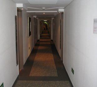 Flur zu den einzelnen Zimmer