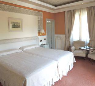 Doppelzimmer Standard Nr. 316 Hotel Alhambra Palace