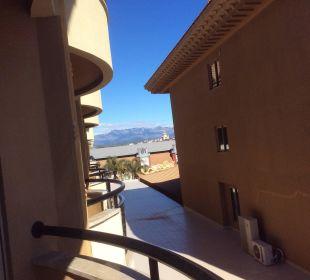 Blick vom Balkon nach links Hotel Royal Dragon