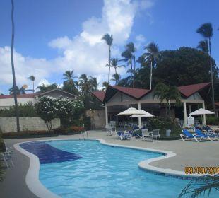 Unser Poolbereich Hotel Vista Sol Punta Cana