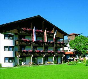 Gartenanlage Sommer  Hotel Edelweiß