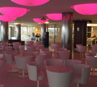 Bar mit verschiedensten Sitzmöglichkeiten lti fashion Garbi
