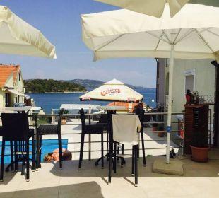 Bar mit Sitzgelegenheiten Pension Villa Baroni