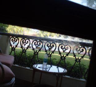 Verschmutzte Fenster vermutlich vom Vorgänger Hotel Holiday Inn Resort Goa