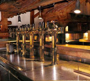 Im urigen Bierkeller werden Biere frisch gezapft! Nichtraucher Hotel Till Eulenspiegel