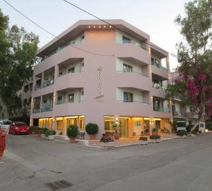 Abenddämmerung Hotel Corissia Beach