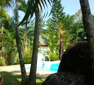 Am Pool Phuket Lotus Lodge