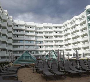 Hotel Frontansicht  Olimarotel Gran Camp de Mar