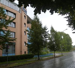 Seitenansicht des Hotels Comfort Hotel Weißensee