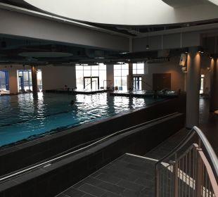 Schwimmerbecken a-ja Warnemünde. Das Resort.