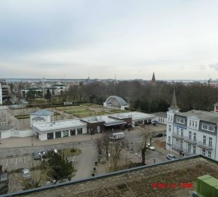 Blick auf Warnemünde Hotel Neptun