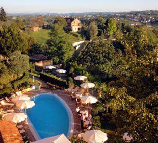 Pool und Garten mit Rundsicht Sunstar Boutique Hotel Castello di Villa