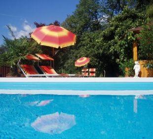 Schwimmbad  Appartement & Weingut Linter