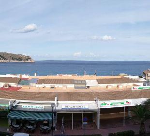 Panorama vom Balkon Hotel & Spa S'Entrador Playa