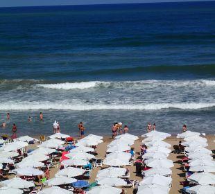 Widok na morze i plażę Sol Luna Bay & Mare Resort