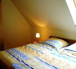 Schlafzimmer Beispiel Haus1 Ferienwohnungen Hass