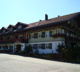 Blick vom Parkplatz aufs Hotel Hotel Mühlenhof