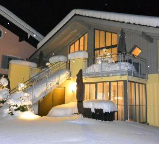 Abendliches Alpenglühn zur Winterzeit Apartments Ferienparadies Alpenglühn