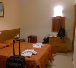 Schlafzimmer Hotel Robolla Beach