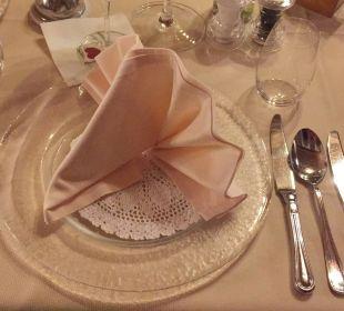 Jeden Tag ein super schön dekorierter Tisch Alphotel Tyrol