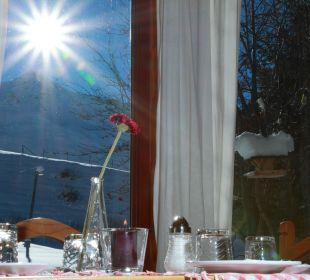 Sonnenaufgang beim Frühstück Hotel Landhaus Edelweiss
