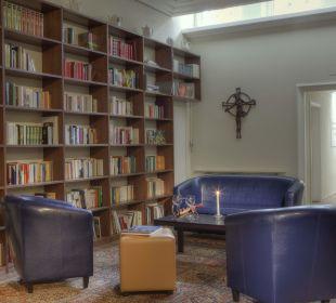 Bibliothek im Anna Haus Kloster Maria Hilf