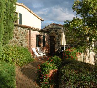 Sitzplatz einer Suite Colombaio Hotel & Wine Resort Villa Dievole