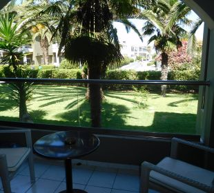 Ausblick vom Balkon Hotel Acharavi Beach