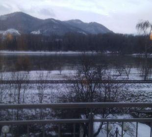 Morgendlicher Ausblick auf die Donau Gartenhotel Pfeffel