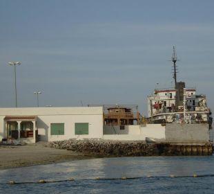 Hafen-Ausblick Hotel Flamingo Beach Resort