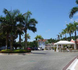 Außenbereich Grand Bahia Principe Cayacoa