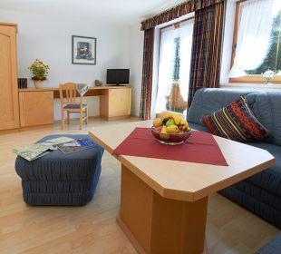 Wohnzimmer Apartment Leutasch Landhaus Karoline Landhaus Karoline Wohlfühl-Ferienwohnungen