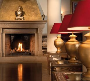 Kamin in der Lobby Hotel Travel Charme Gothisches Haus
