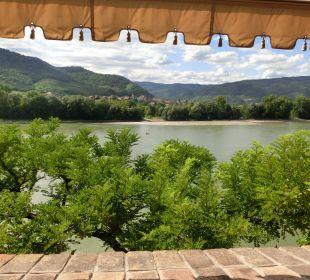Blick vom Balkon auf die Donau Hotel Schloss Dürnstein