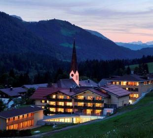 Abenddämmerung im Balderschwang Hubertus Alpin Lodge & Spa