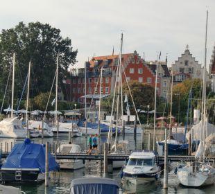 Blick auf das Hotel vom Hafen aus Hotel Lindauer Hof