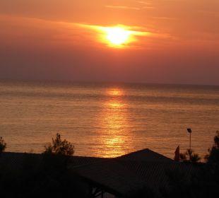 Sonnenuntergang vom Restaurant lti Grand Hotel Glyfada